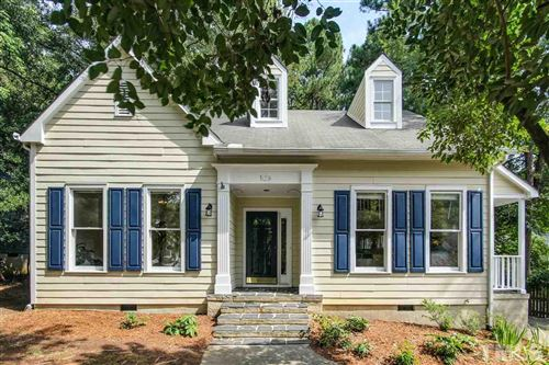 Photo of 105 Oxford Hills Drive, Chapel Hill, NC 27514 (MLS # 2336808)