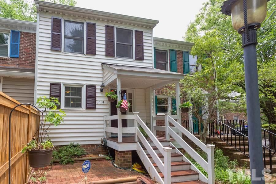 101 Sully Court, Chapel Hill, NC 27514 - #: 2329904