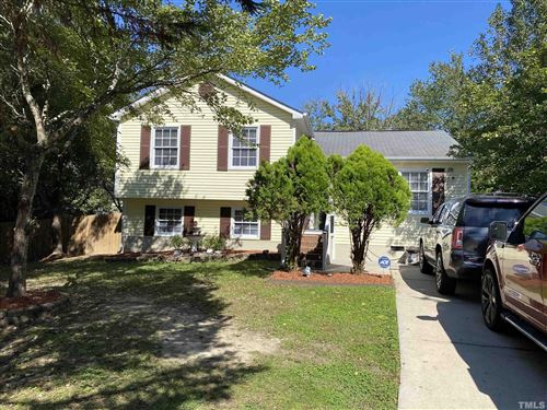 Photo of 104 Valley Park Drive, Knightdale, NC 27545 (MLS # 2414989)