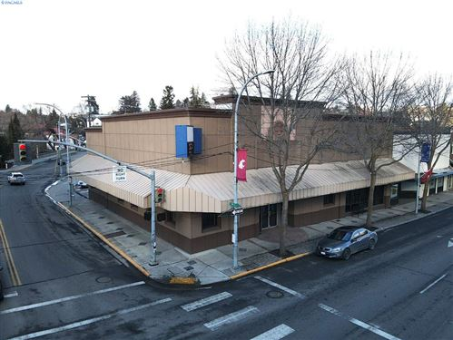 Photo of 300 E Main Street, Pullman, WA 99163 (MLS # 252005)