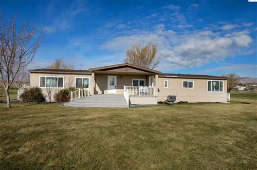 Photo of 56104 N Thomas Rd, Benton City, WA 99320 (MLS # 252021)