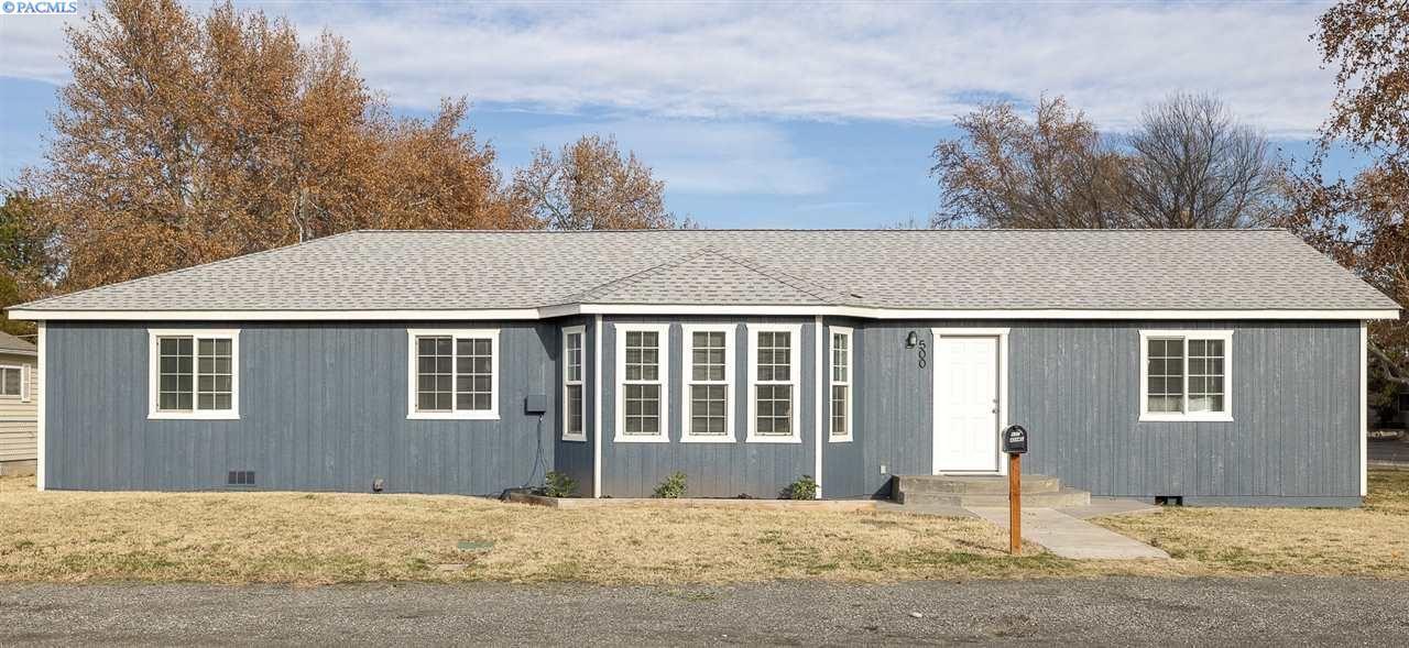 Photo of 500 Adams St, Richland, WA 99352 (MLS # 251042)