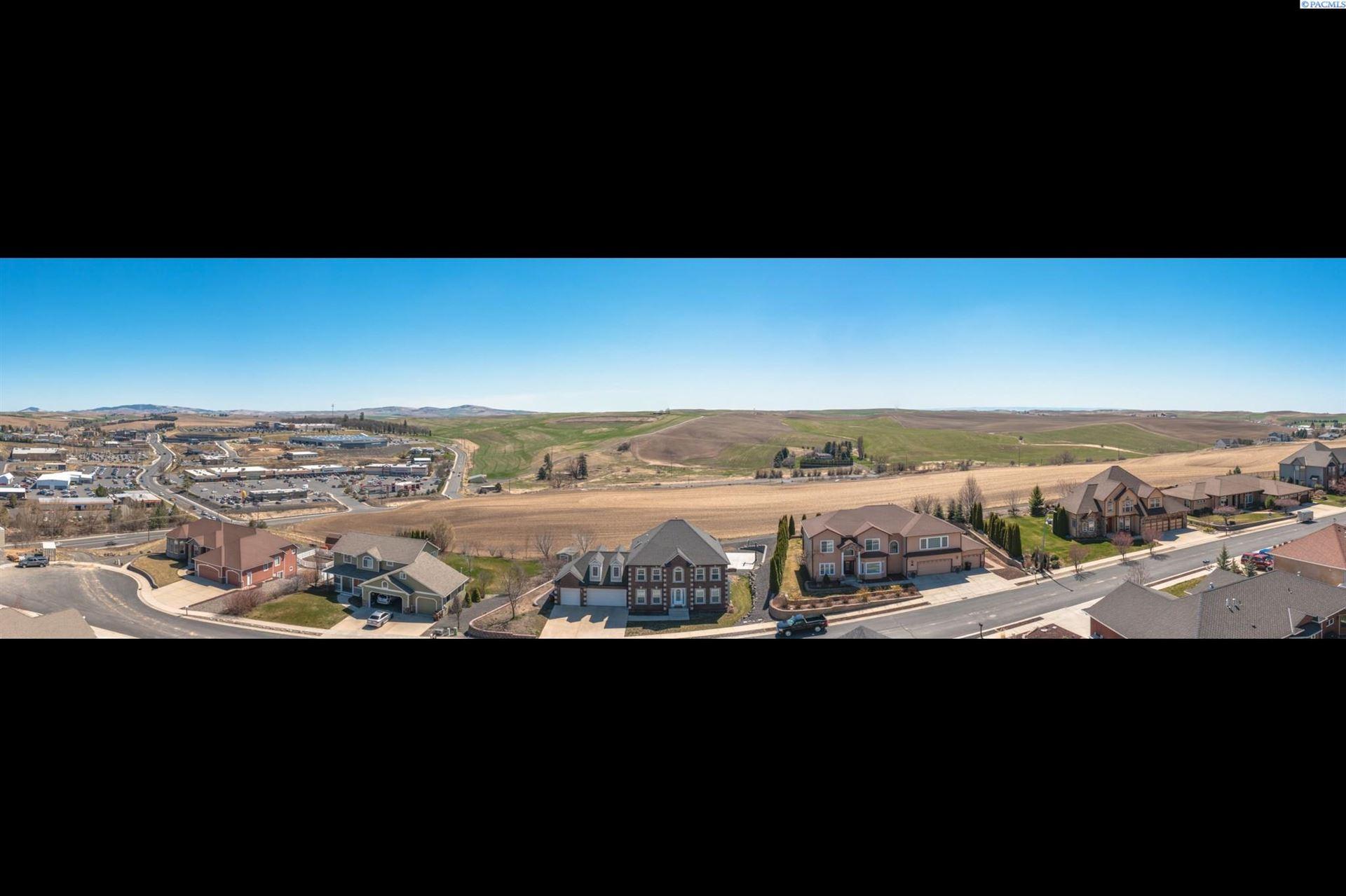 Photo of 235 SW Prairie Ct, Pullman, WA 99163 (MLS # 253086)
