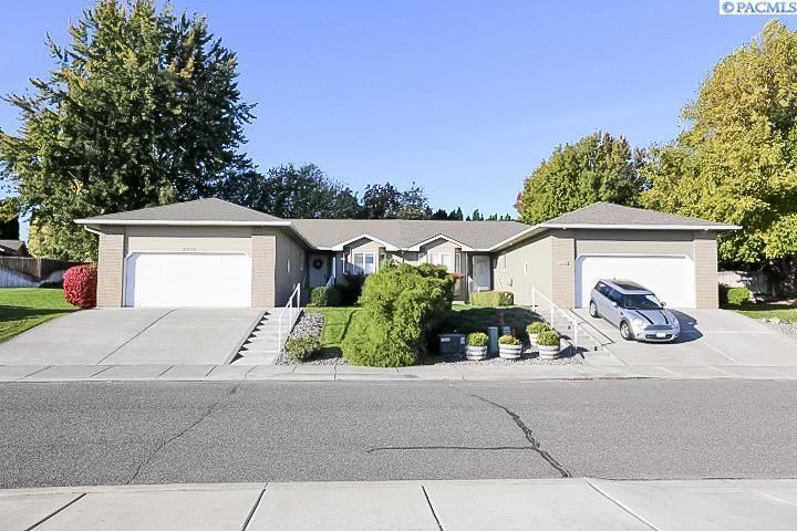 Photo of 2802 S Morain Place, Kennewick, WA 99337 (MLS # 257113)