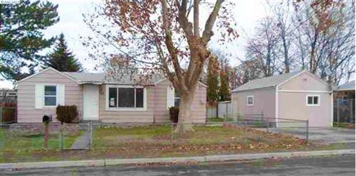 Photo of 105 E 13th Avenue, Kennewick, WA 99337 (MLS # 251164)