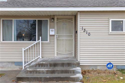 Photo of 1310 Totten Ave., Richland, WA 99354 (MLS # 251176)