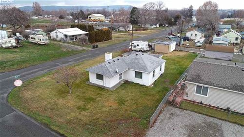 Photo of 610 W 12th St, Benton City, WA 99320 (MLS # 251188)