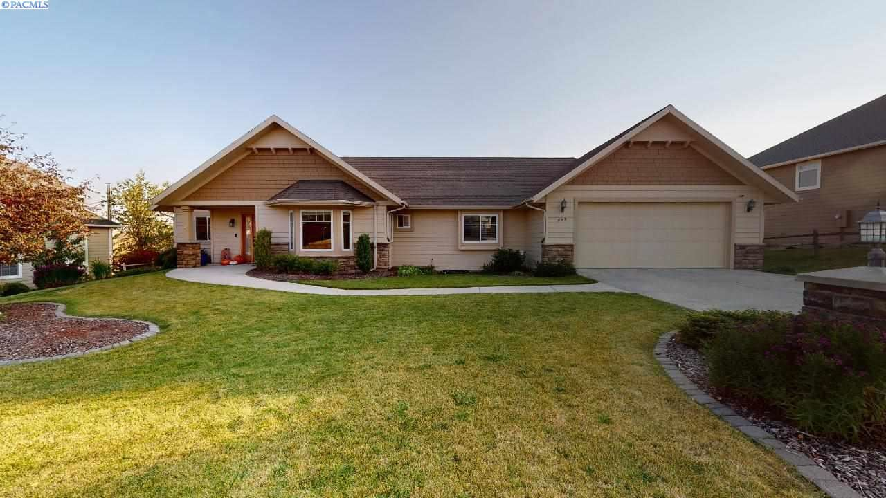 Photo of 455 SW Sundance, Pullman, WA 99163 (MLS # 249191)