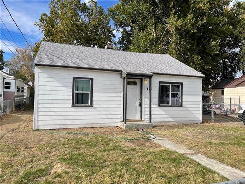 Photo of 418 Fir St, Kennewick, WA 99336 (MLS # 257244)