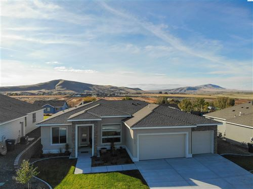 Photo of 711 Thebes St, West Richland, WA 99353 (MLS # 257251)