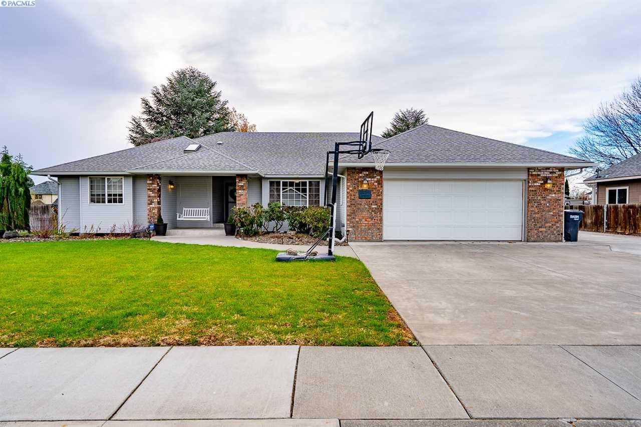 Photo of 10216 W Argent Rd., Pasco, WA 99301 (MLS # 250269)