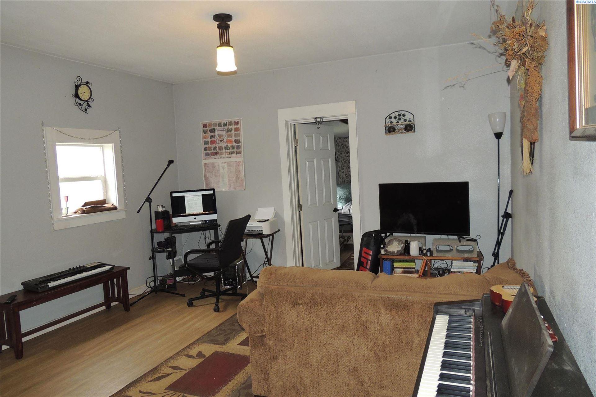 Photo of 208 S 3rd St, Garfield, WA 99130 (MLS # 254275)
