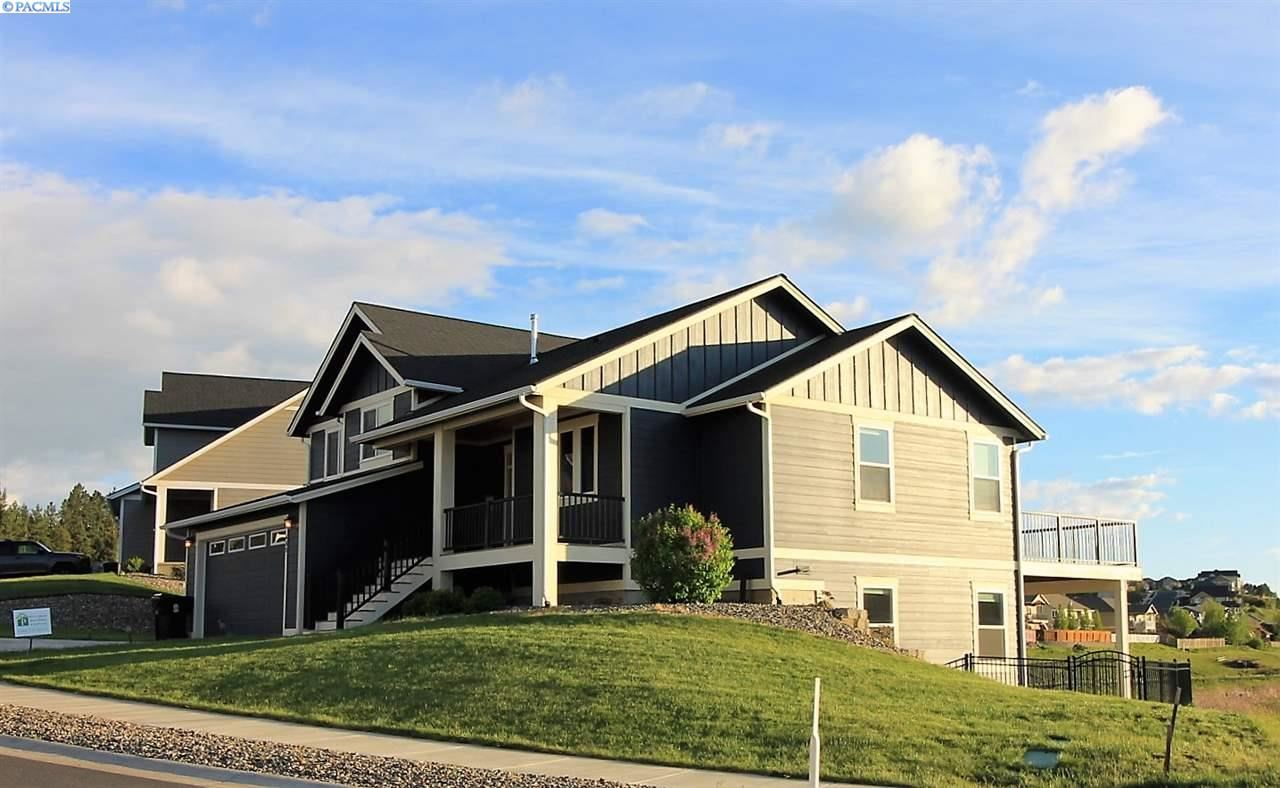 Photo of 655 SW Panorama Dr., Pullman, WA 99163 (MLS # 244288)