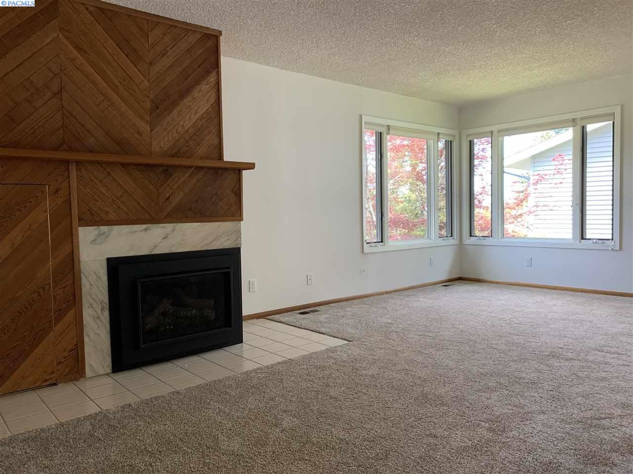 Photo of 705 SW Mies St., Pullman, WA 99163 (MLS # 245301)