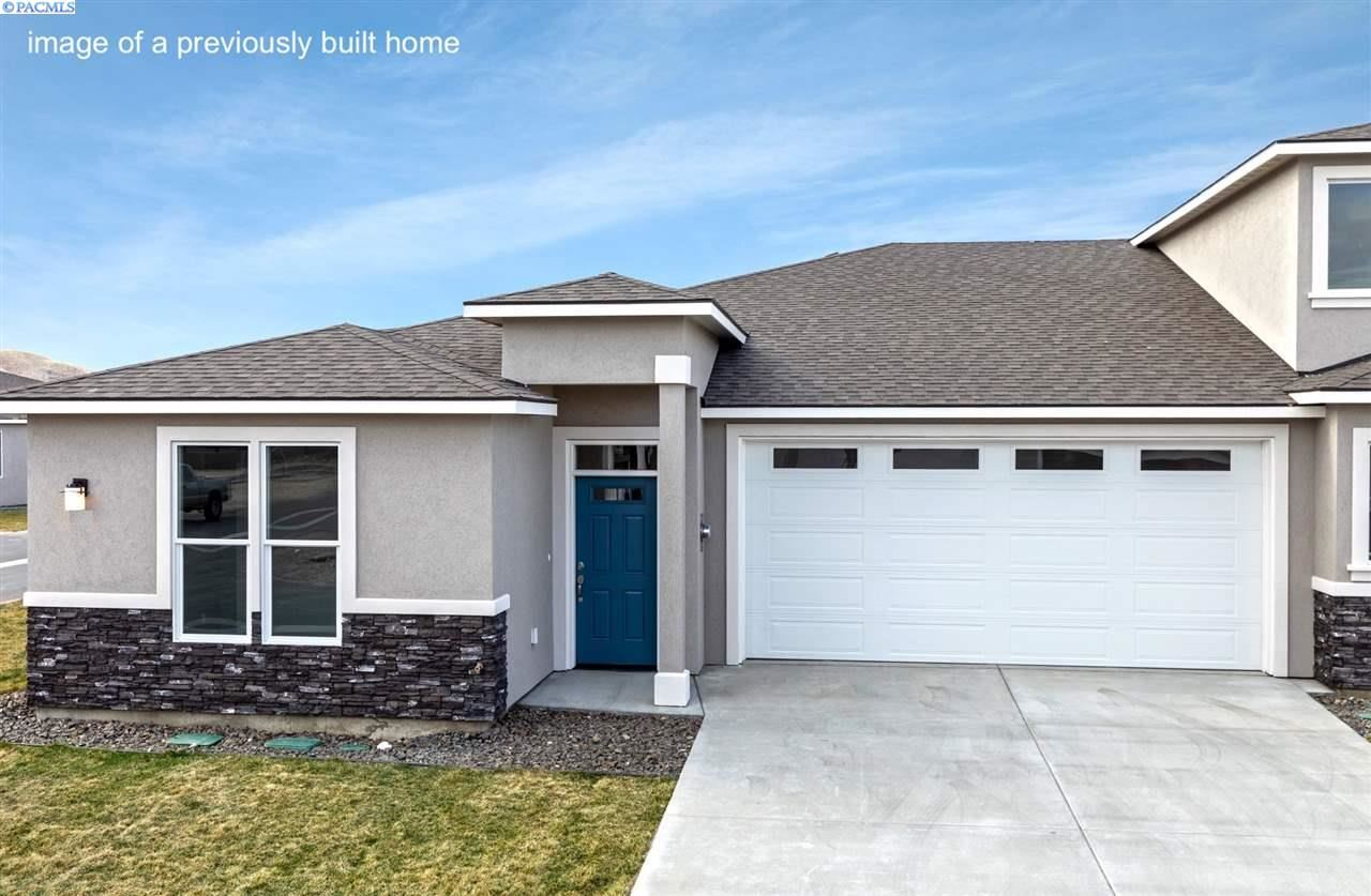 Photo of 2746 Westhaven Court, West Richland, WA 99353 (MLS # 247303)