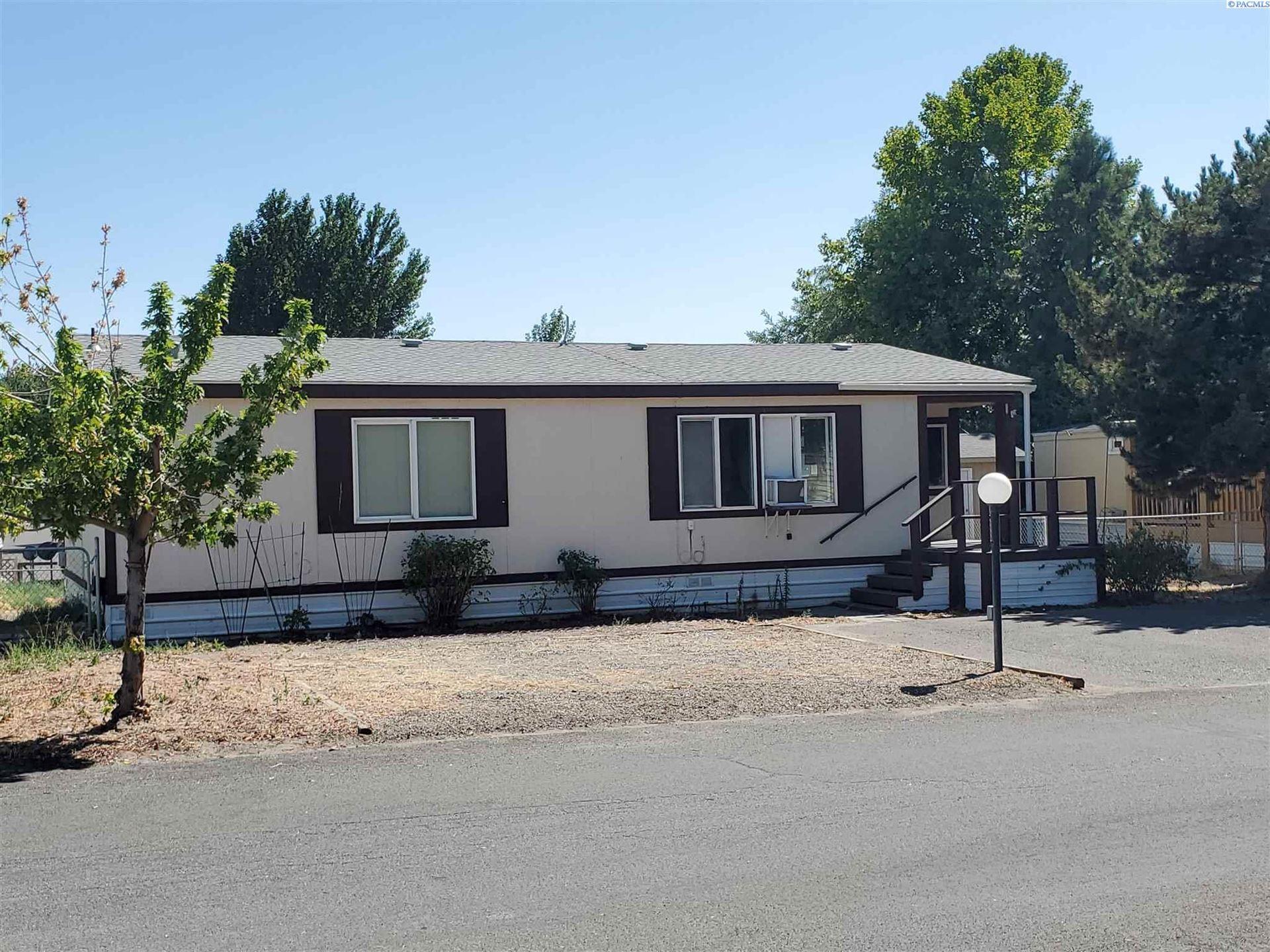 Photo of 6707 Morrison St, West Richland, WA 99353 (MLS # 255372)