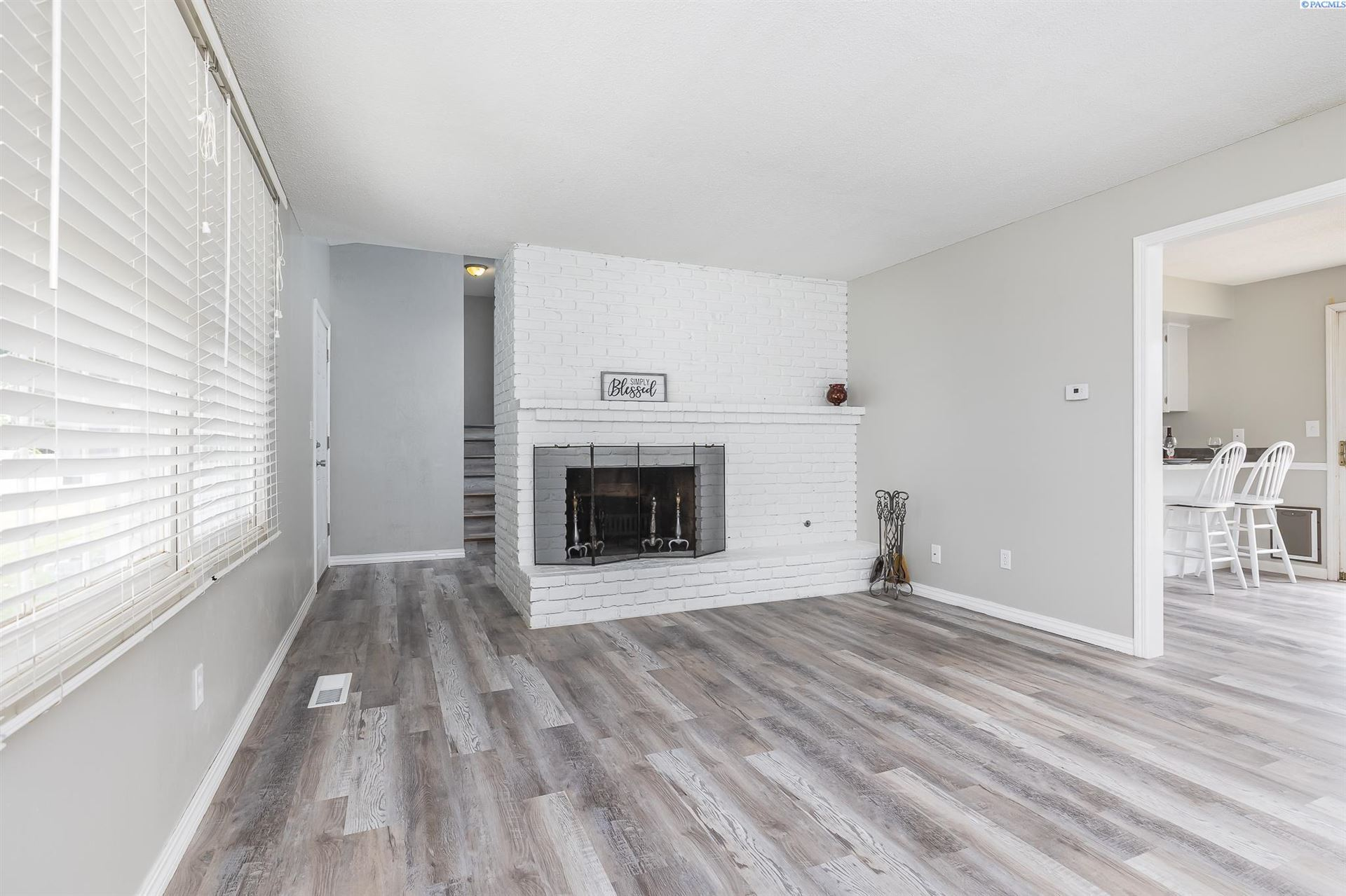 Photo of 2900 S Garfield St, Kennewick, WA 99337 (MLS # 254381)
