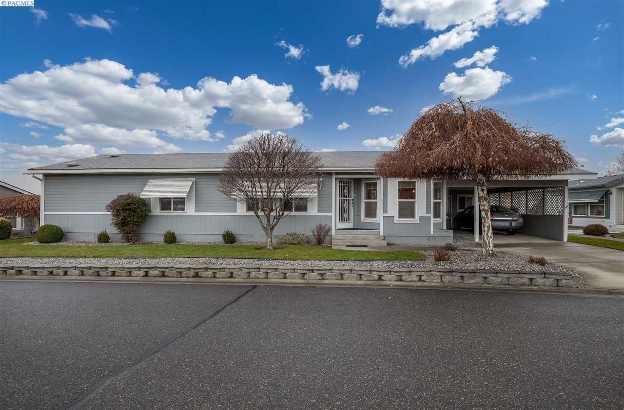 Photo of 355 Old Inland Empire Hwy #52, Prosser, WA 99350 (MLS # 250482)