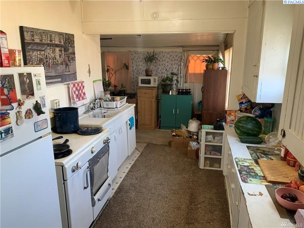 Photo of 61 N 3rd Ave, Othello, WA 99344 (MLS # 256556)