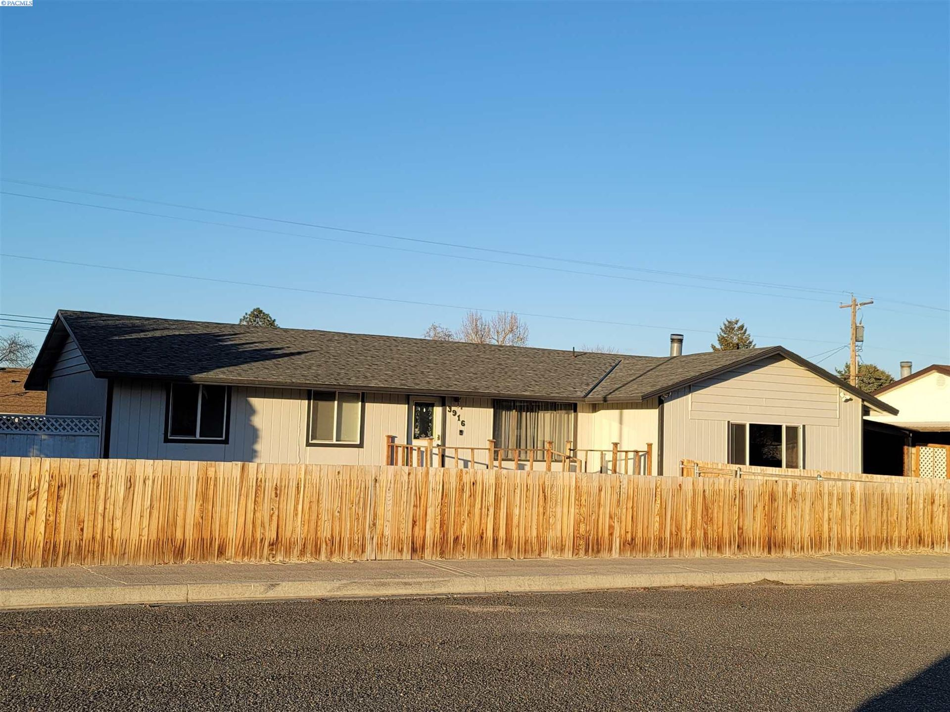 Photo of 3916 W 3rd Ave, Kennewick, WA 99336 (MLS # 251580)