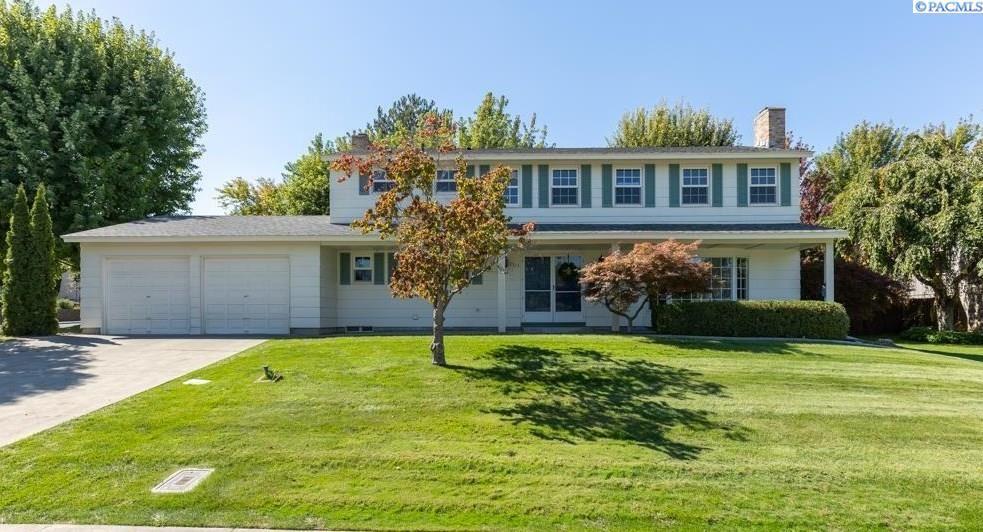 Photo of 2323 Greenbrook Blvd., Richland, WA 99352-8427 (MLS # 256587)
