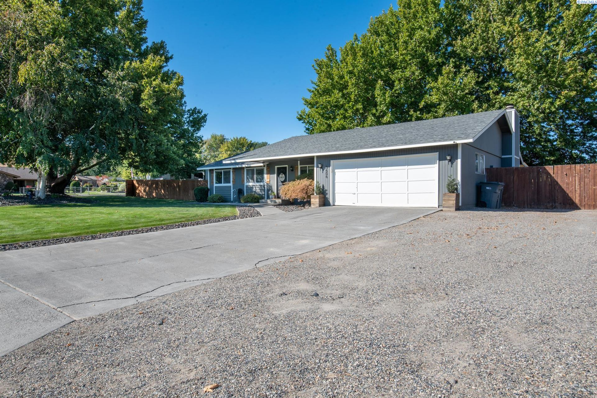 Photo of 3606 S Underwood St, Kennewick, WA 99337 (MLS # 256630)