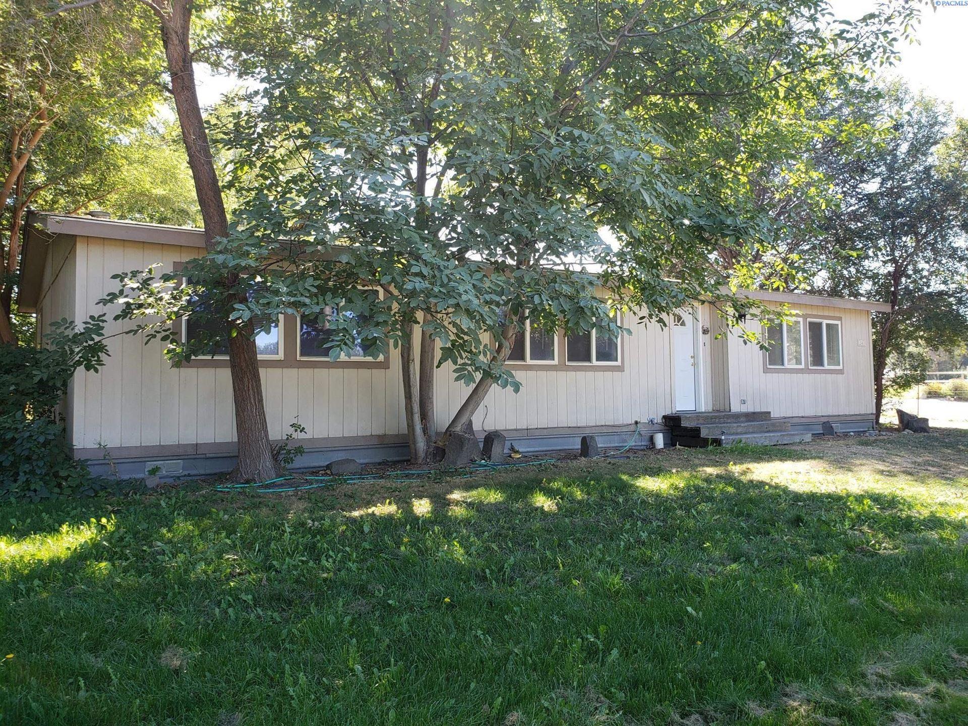 Photo of 240 E 23rd Ave, Kennewick, WA 99337 (MLS # 256646)