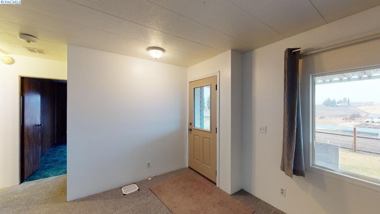 Photo of 502 Palouse Cove Road, Palouse, WA 99161 (MLS # 250743)