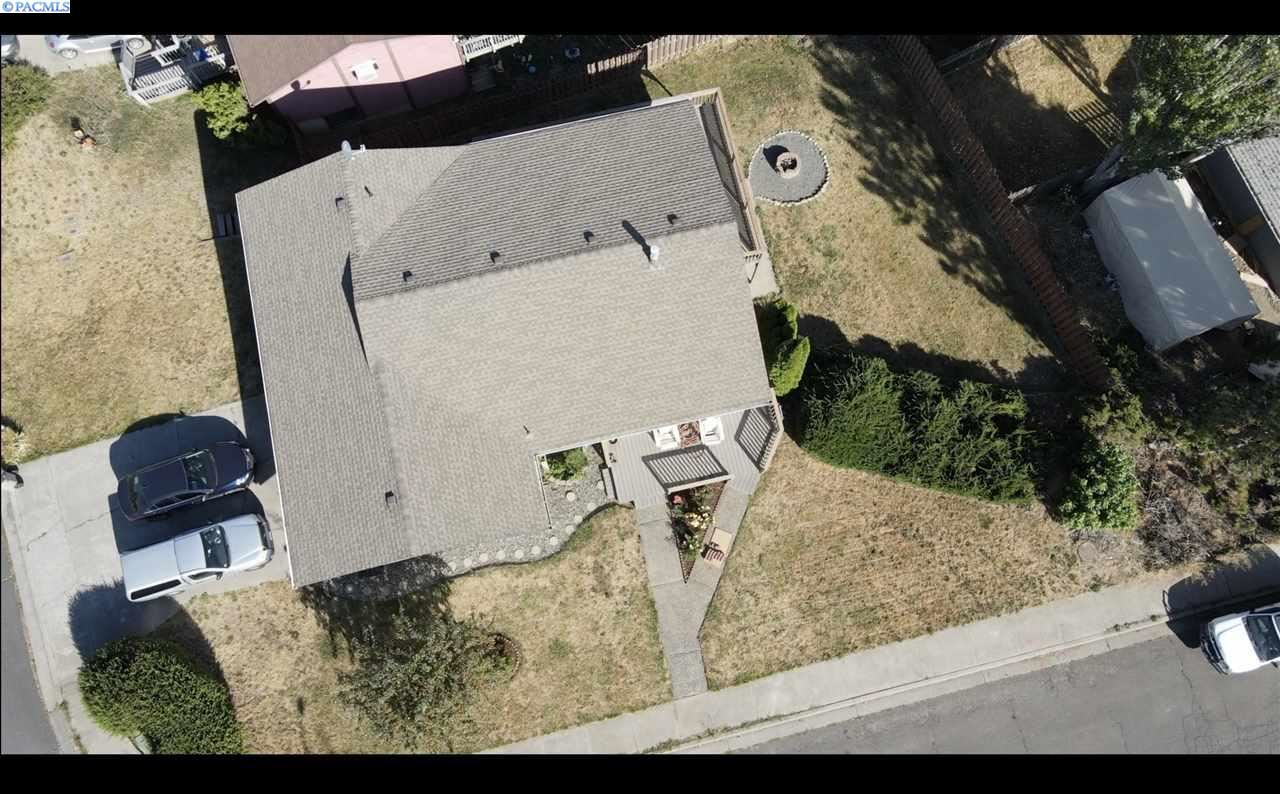 Photo of 393 NW Dillon St., Pullman, WA 99163-3605 (MLS # 248817)