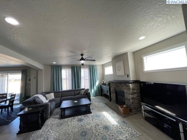 Photo of 5715 Santa Fe Lane, Pasco, WA 99301 (MLS # 252835)