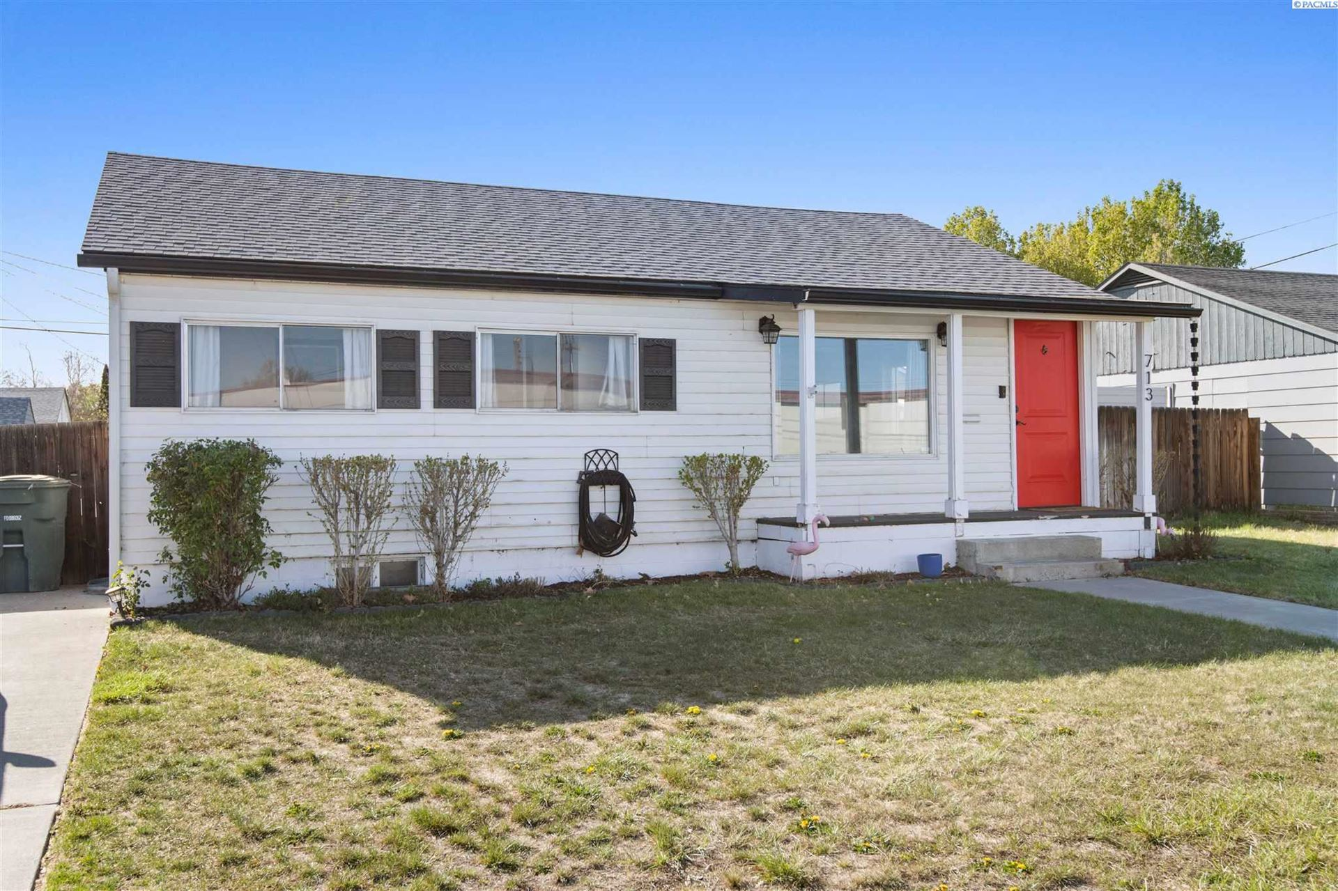 Photo of 713 Thayer, Richland, WA 99352 (MLS # 252905)