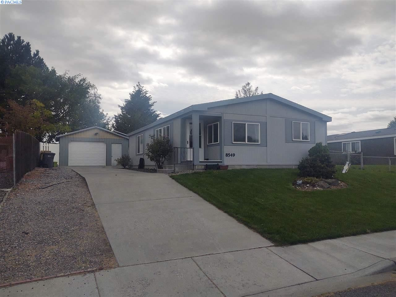 Photo of 8549 W Arrowhead, Kennewick, WA 99336 (MLS # 248946)