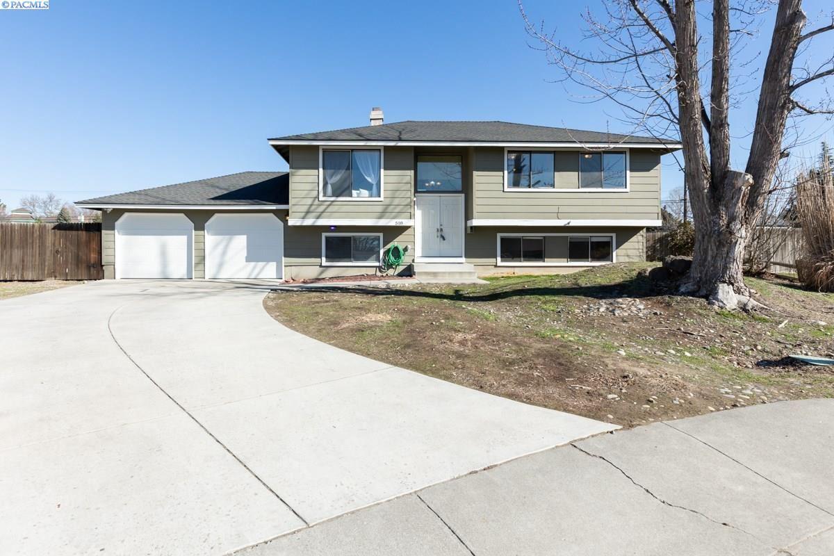 Photo of 518 Singletree Ct, Richland, WA 99354 (MLS # 251947)
