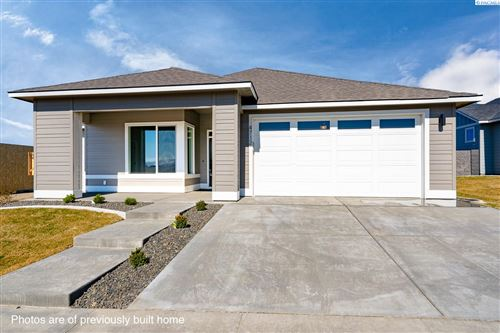 Photo of 2590 Clark Ridge Dr., Richland, WA 99352 (MLS # 251968)