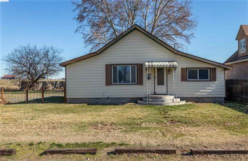 Photo of 528 N Cascade St, Kennewick, WA 99336 (MLS # 251974)