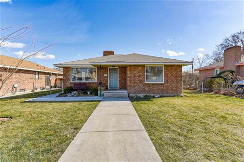 Photo of 26 N Lyle Street, Kennewick, WA 99336-3335 (MLS # 251994)