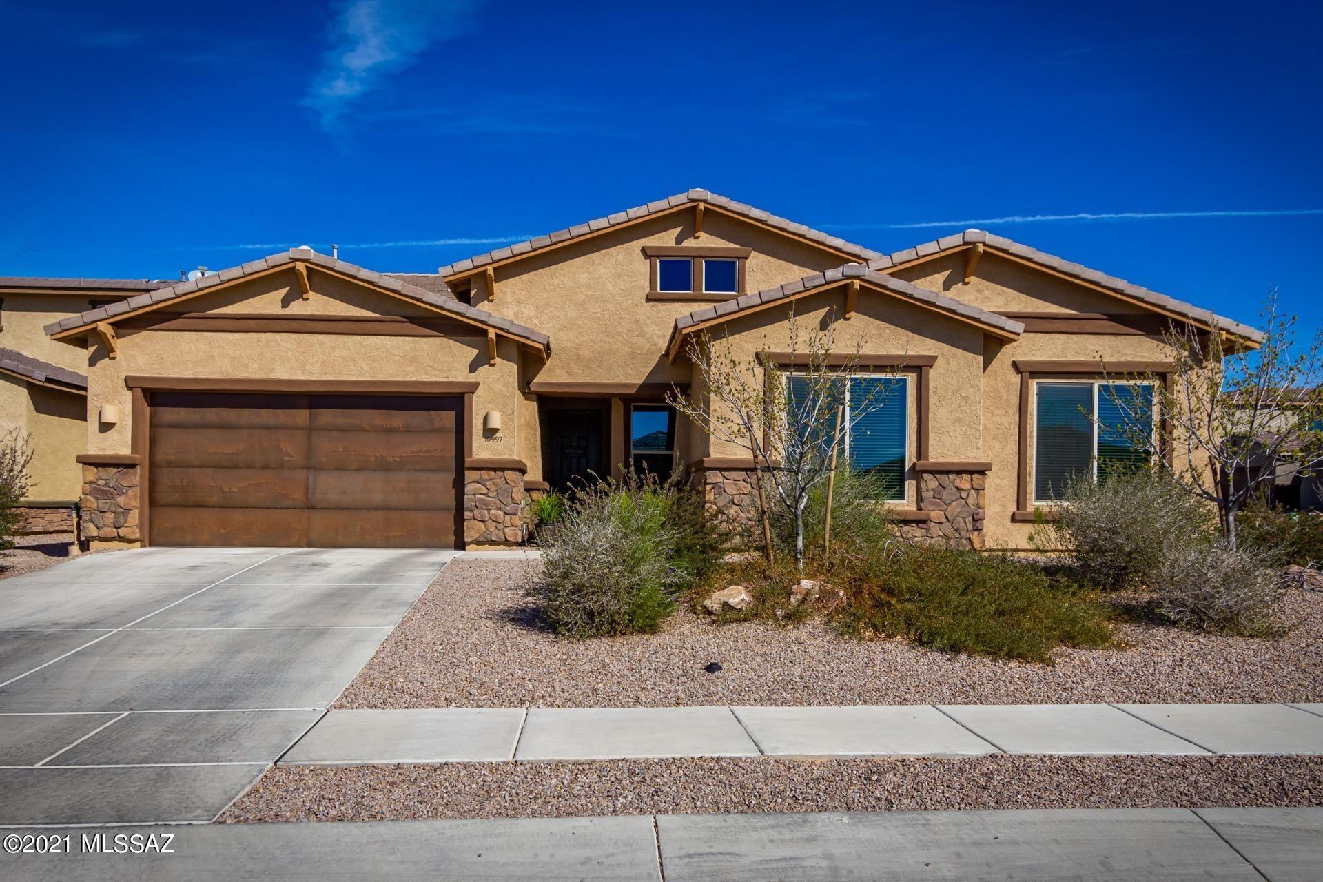10997 N Delphinus Street, Oro Valley, AZ 85742 - MLS#: 22105000