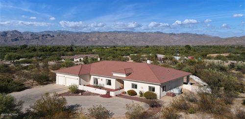 Photo of 1190 N Tanque Verde Loop Road, Tucson, AZ 85749 (MLS # 22028014)
