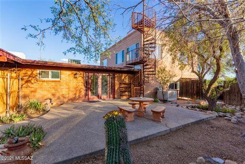 Photo of 9221 E Indio Place, Tucson, AZ 85749 (MLS # 22113016)