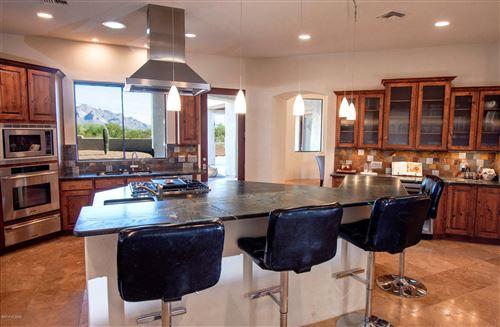 Photo of 13220 N Como Drive, Tucson, AZ 85755 (MLS # 21926022)