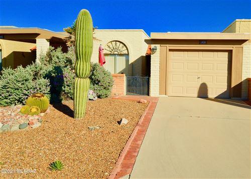 Photo of 1438 W Via De Roma, Green Valley, AZ 85622 (MLS # 22127036)