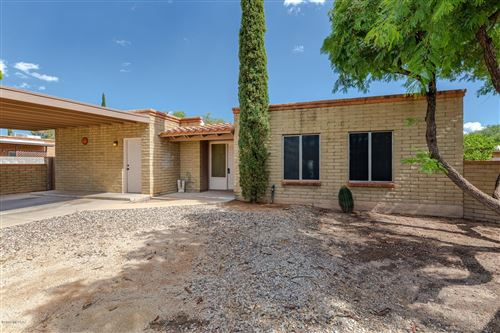 Photo of 2111 S Roberto Place, Tucson, AZ 85710 (MLS # 21924041)
