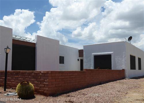 Photo of 662 W Rio San Pedro, Green Valley, AZ 85614 (MLS # 22110044)