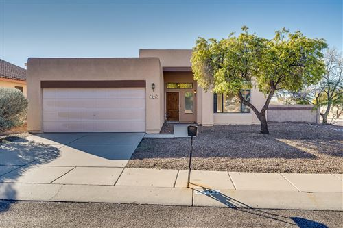 Photo of 2991 W Placita Montessa, Tucson, AZ 85741 (MLS # 22002054)