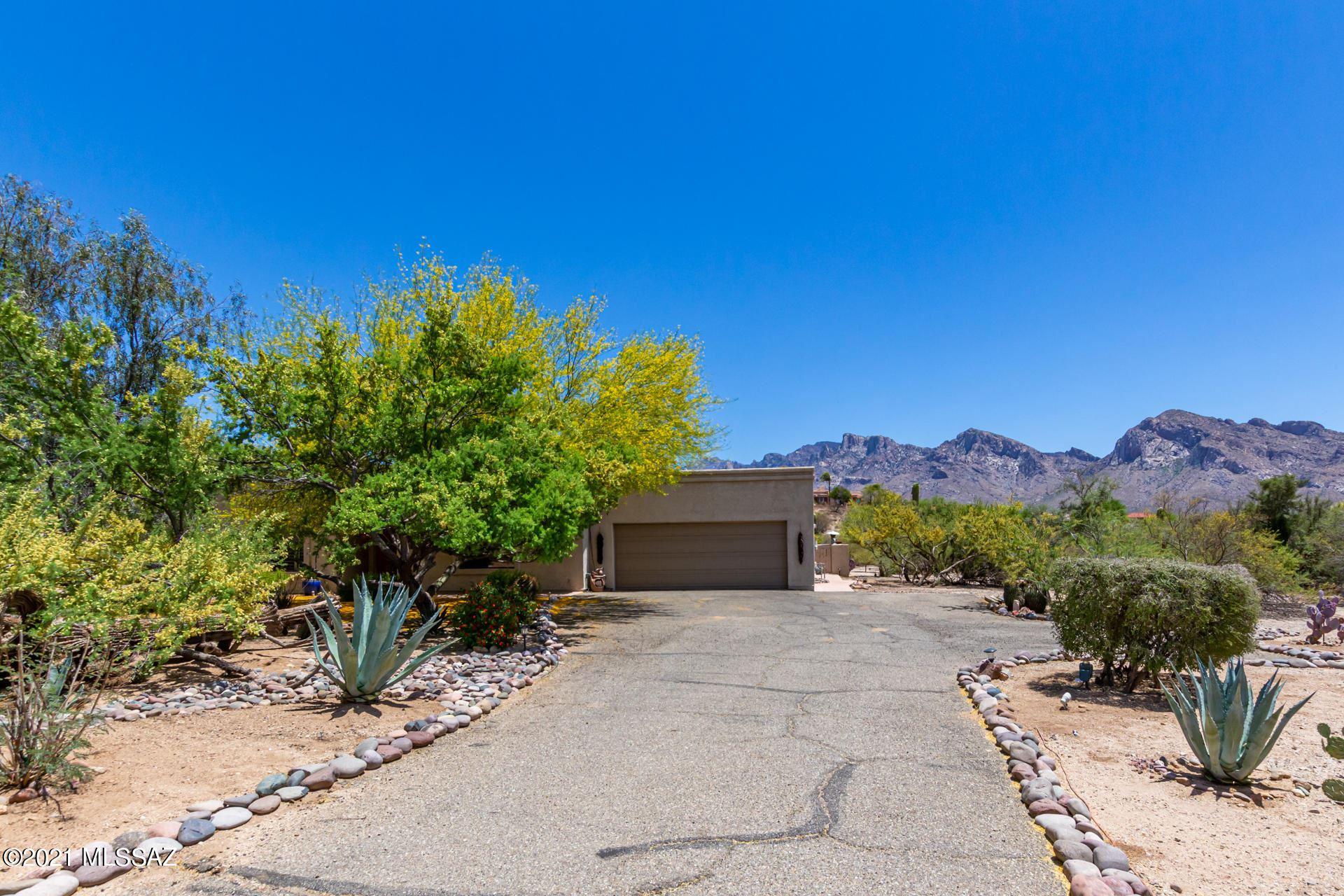 10990 N Guava Drive, Oro Valley, AZ 85737 - MLS#: 22112056