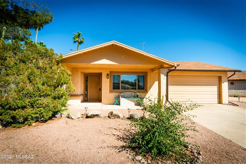 Photo of 6280 N Tealeaf Place, Tucson, AZ 85741 (MLS # 22124057)