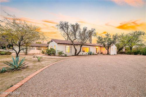 Photo of 401 N Sierra Vista Drive, Tucson, AZ 85719 (MLS # 22103061)