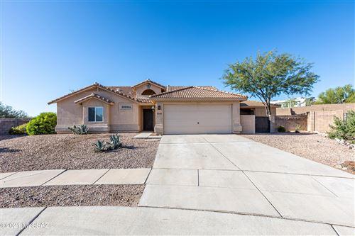 Photo of 12971 N Rocky Butte Place, Marana, AZ 85658 (MLS # 22127077)