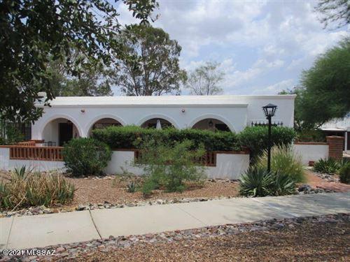 Photo of 145 S Paseo Pena #D, Green Valley, AZ 85614 (MLS # 22119091)