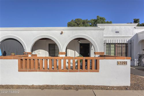 Photo of 329 S Paseo Quinta #B, Green Valley, AZ 85614 (MLS # 22127093)